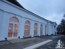 Утепление и отделка фасада декоративной штукатуркой с архитектурными элементами_15