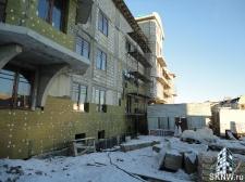 Элитный жилой комплекс утепление и отделка фасада декоративной штукатуркой с архитектурными элементами_3