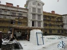 Элитный жилой комплекс утепление и отделка фасада декоративной штукатуркой с архитектурными элементами_4