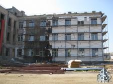 Реноация фасада декоративной штукатуркой ATLAS и архитектурными элементами_11