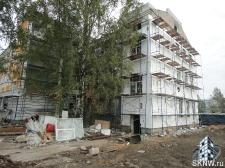 Реноация фасада декоративной штукатуркой ATLAS и архитектурными элементами_18